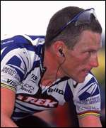 Lance Armstrong heads for second win in 2000