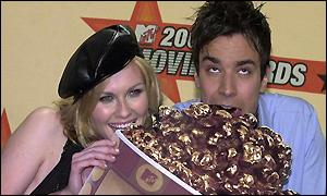 Kirsten Dunst (L) and Jimmy Fallon