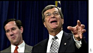 Senators Rick Santorum (left) and Trent Lott