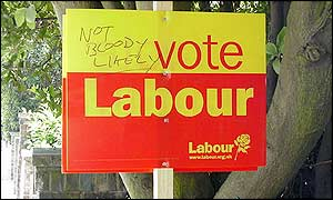 Bbc News Vote2001 Features Sights Of The Suburb