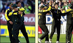 Azhar Mahmood (l) and Waqar Younis celebrate