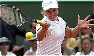 Kim Clijsters in action