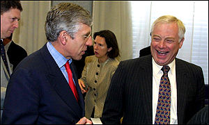 Jack Straw, left, with EU commissioner Chris Patten