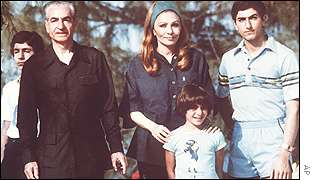 The shah of Iran, with his wife, former Empress Farah, and sons Ali Reza, left, Crown Prince Reza, right and Leila, front