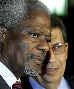 Kofi Annan, left, with Amr Moussa in Cairo