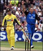 Andrew Caddick celebrates the wicket of Ricky Ponting