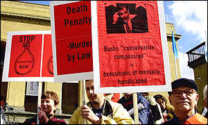Anti-death penalty protestors