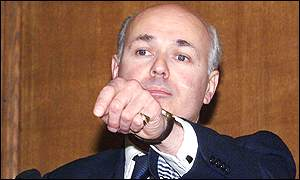 Iain Duncan Smith launches his bid