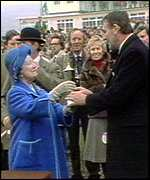 Queen Mum presents cup