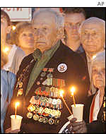 Veterans outside the tomb of the unknown soldier in Moscow