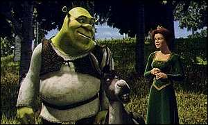 Shrek (Mike Myers) with Princess Fiona (Cameron Diaz)