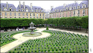 Paris - the Place des Vosges