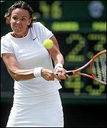 Lindsay Davenport lost in three sets to Venus Williams