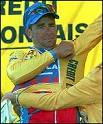 Sean Yates with the yellow jersey