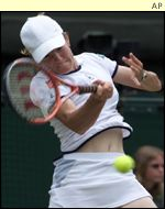 Justine Henin lost in three sets