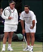 Tony Roche coaches Pat Rafter