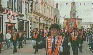Orangemen are barred from Diamond area of Derry
