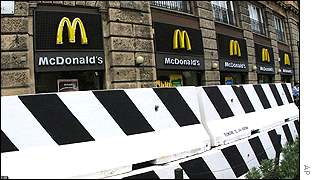 McDonald's sets up barricades