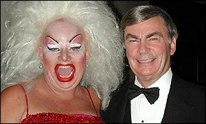 ABC News' Sam Donaldson, the host of the Webby Awards pre-show on ABCNews.com, celebrates with a guest at the 5th Annual Webby Awards in San Francisco. Photo: Laurie Blavin