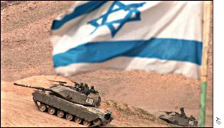 Israeli tanks exercise in the Jordan Valley