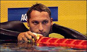 Australian world record holder Ian Thorpe cools down after finishing the mens 800m freestyle preliminary round