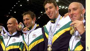 Ian Thorpe claimed his fifth gold medal of the championships as he anchored the Australian 4x 200m freestyle team to victory