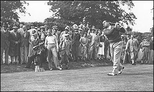 Walter Hagen  won the USPGA four years consecutively