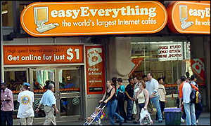 EasyEverything cyber cafe in New York's Times Square