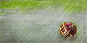 http://news.bbc.co.uk/olmedia/1470000/images/_1471134_cricket_rain_300.jpg