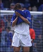 Andrei Kanchelskis is in despair
