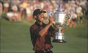 Tiger Woods lifted the USPGA trophy in 2000 and 1999