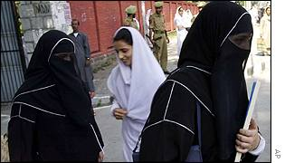 Veiled schoolgirls leave college in Srinagar