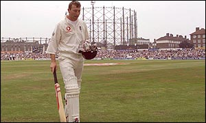 Atherton leaves The Oval after his final Test innings