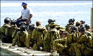 Australian special forces head for the Tampa on 29 August