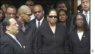 Mourners at Aaliyah's funeral