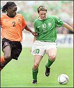 Mario Melchiot (left) and Robbie Keane