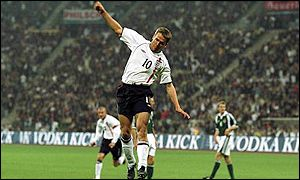 England lead 4-1 thanks to Michael Owen's third