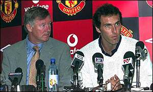 Alex Ferguson and Laurent Blanc at a press conference