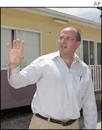 Australian defence minister Peter Reith in Nauru Anaoe Village