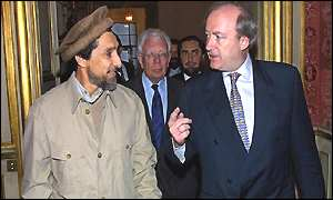 Ahmed Shah Masood with French Foreign Minister Hubert Vedrine