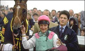 Pat Eddery and Toulon after winning the 1991 St Leger