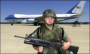 Armed guard stands in front of Air Force One