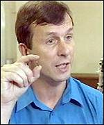 [ image: Professor Kevin Warwick: Tiny chip - enormous potential]