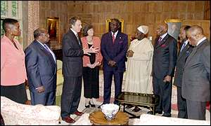 Tony Blair with other ministers and the six African presidents at Chequers