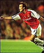 Freddie Ljungberg celebrates the opener