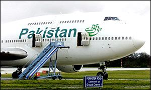 BBC News | BUSINESS | Pakistan&#39;s airline under pressurepakistan airline 