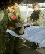 Treating a casualty of the Luxor massacre