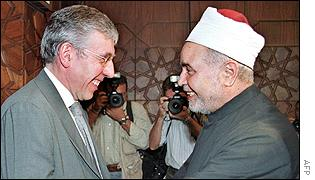 Jack Straw (left) is greeted by Egypt's senior cleric Sheikh Mohamed Sayed Tantawi