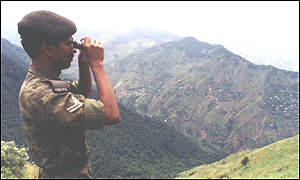 India soldier look-out