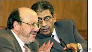 Belgian Foreign Minister Louis Michel (left) and Arab League Secretary General Amr Moussa